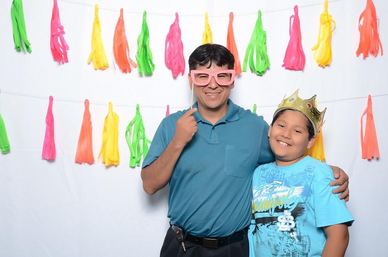 Tacoma_Photobooth_Moposobooth_MOLE-63.jpg