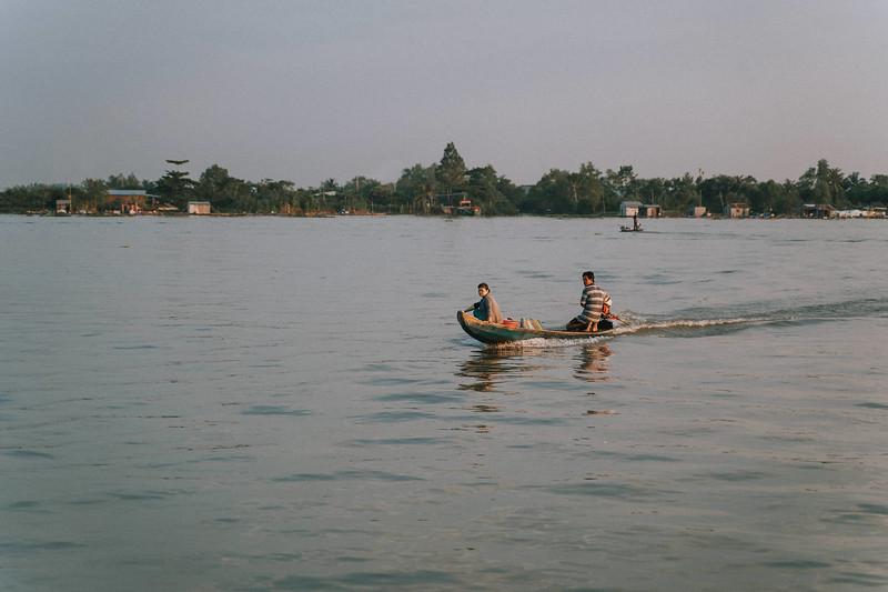 Tu Nguyen Wedding Mekong River Elopement Can Tho  - Southern Vietnam 68.jpg