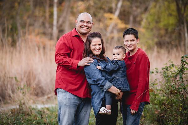 Lansangan Family