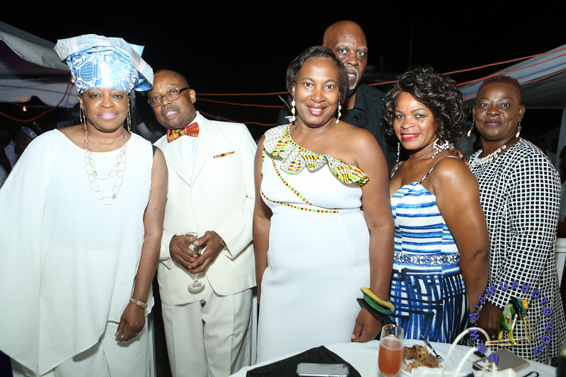 MAXINE GREAVES PURE WHITE ONTHE BAY A TOUCH OF AFRICA-168.jpg