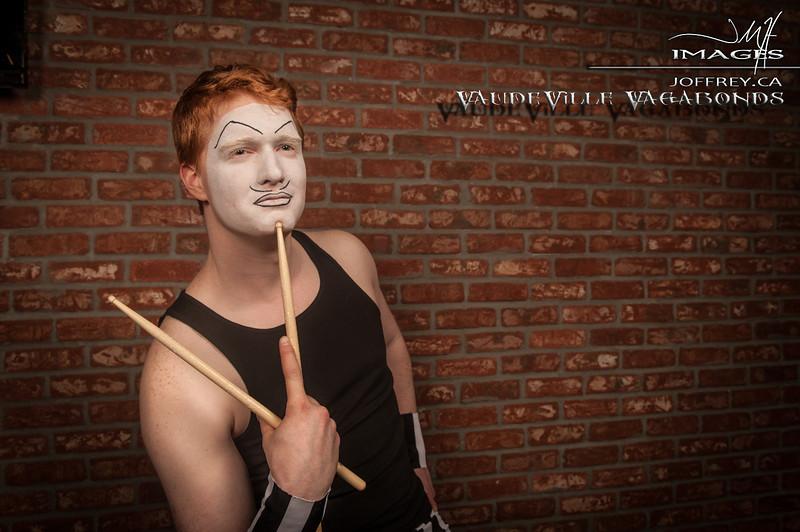 Vaudeville Vagabonds PORTRIATS feb 15 2014-7126 copy.jpg
