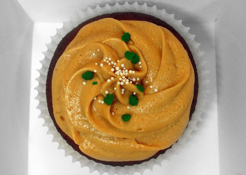 Chocolate cupcake with dulce de leche frosting
