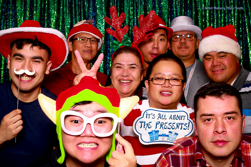Medtronic Holiday Party -425.jpg