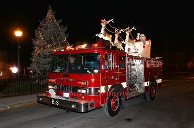 Winthrop Firefighters Santa Parade 12-24-19