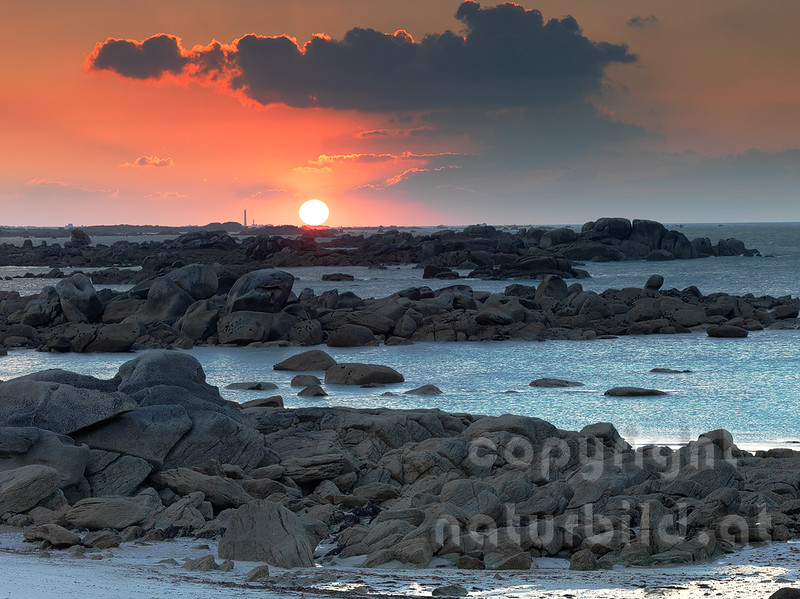 16B-03-47 - Sonnenuntergang über der Ile Vierge