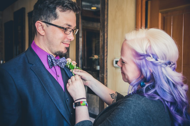 Beloit-WI-Ironworks-hotel-Wedding-Photographere_m_33.jpg