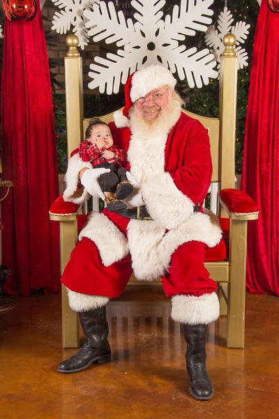 Santa 12-16-17-119.jpg