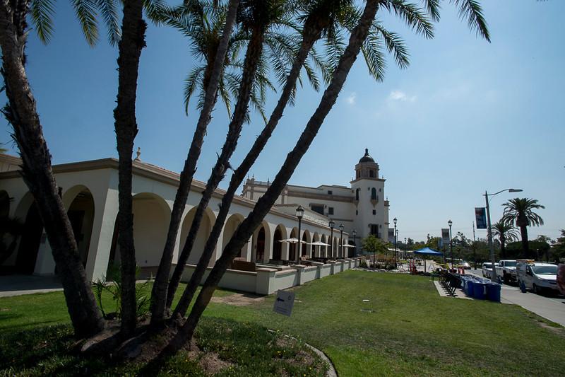 Maggie_Cal_Coll_tour-San Diego-6923-72 DPI.JPG