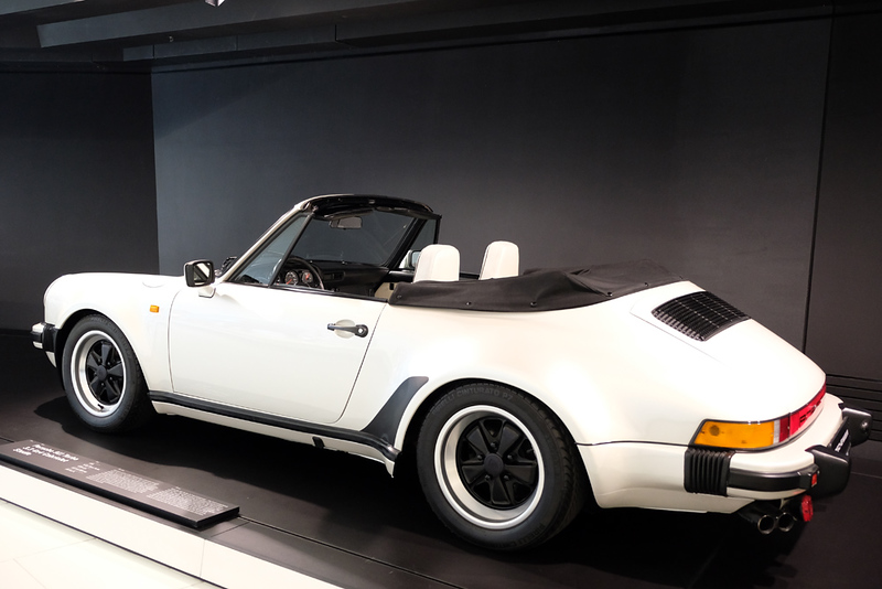 Porsche Museum 911 Turbo cabriolet.jpg