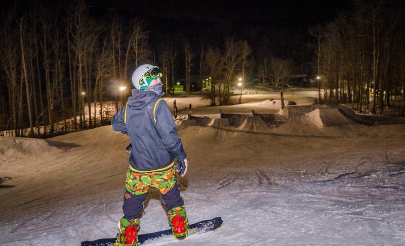 Nighttime-Rail-Jam_Snow-Trails-155.jpg