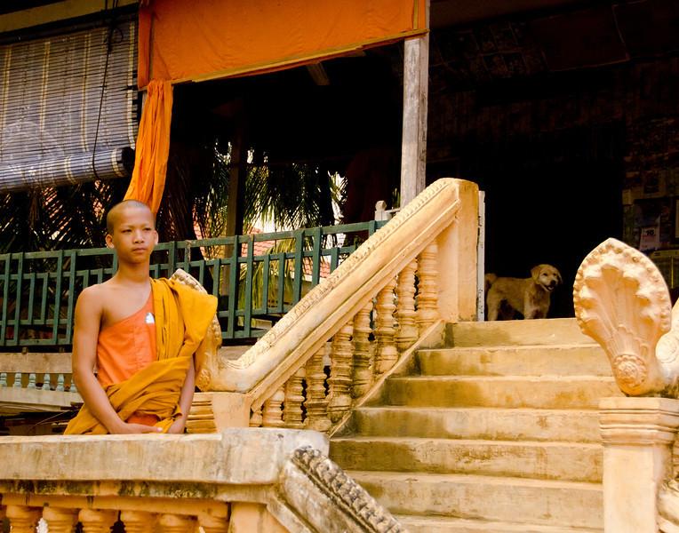 CambodiaMonk&DogDSC_6080.jpg
