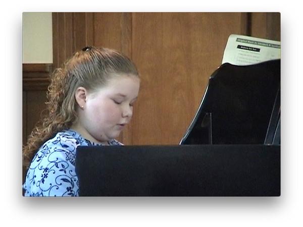 ashley_piano_recital_star_wedding.mov