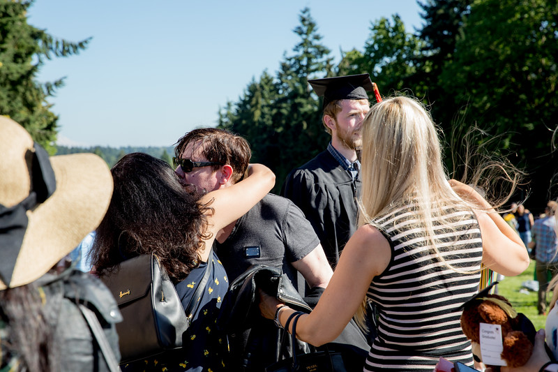 Jacob-UWGrad2019-161.jpg
