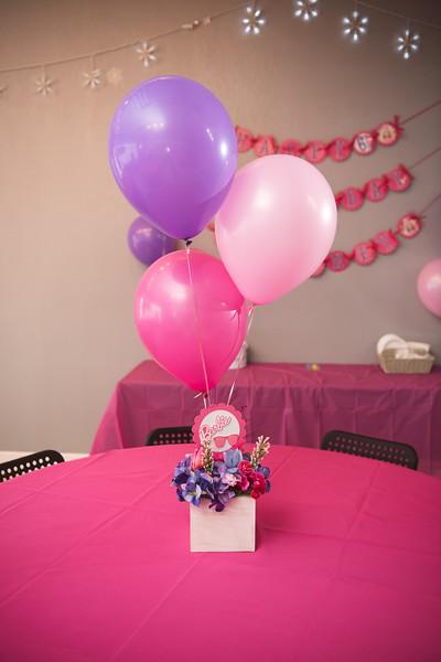 2020-0104-delaney-barbie-party-4.jpg