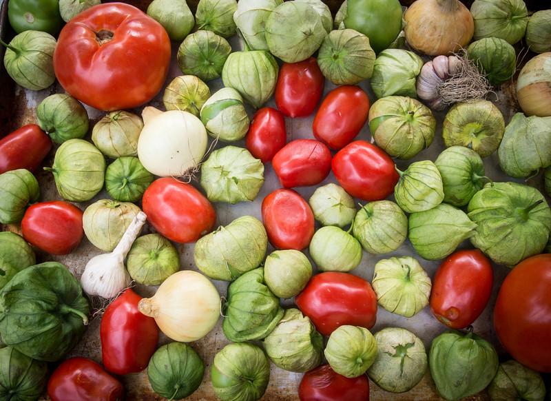 tomatillo salad ingredients2.jpg