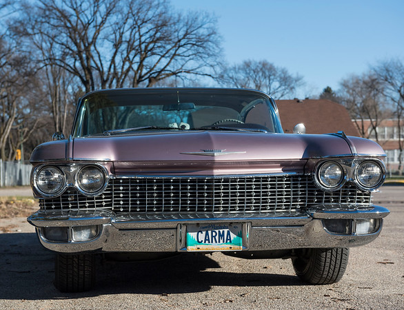 DAVID LIPNOWSKI / WINNIPEG FREE PRESS  Delores and Ralph Gammelseter's 1960 Cadillac.  For Classic Cruising
