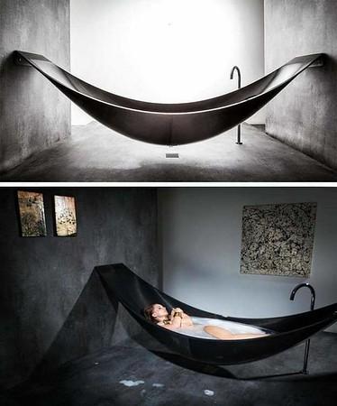 Bathtubs, hottubs