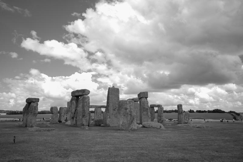 2013-7-28-Stonehenge-BnW