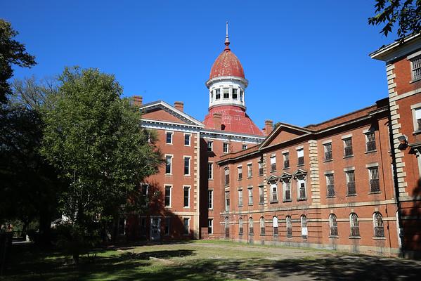 Urbex-  Carolina Asylum