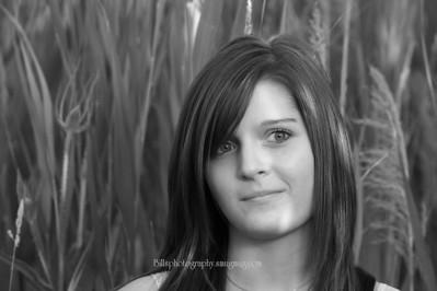 Heathers Senior Portraits Review