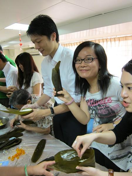 20110527 - 「自製愛心粽子」暨五月份月會