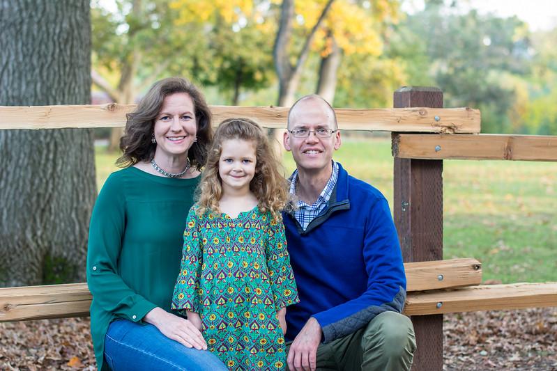 2017-11-11_Knudsen-Family-0003.jpg