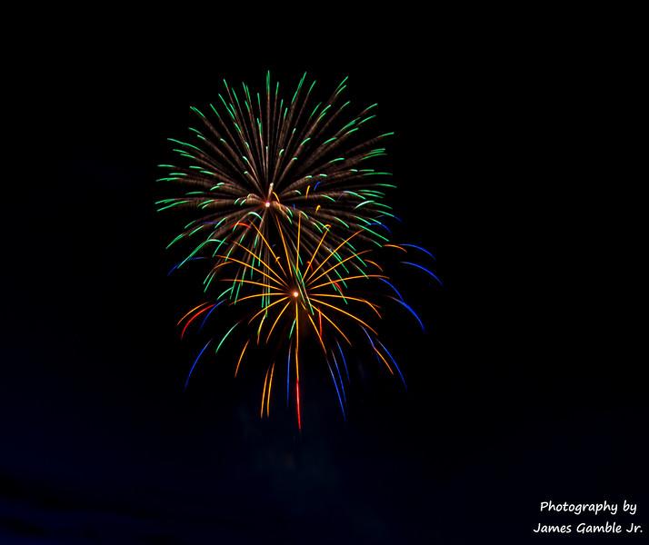 Fourth-of-July-Fireworks-2016-0318.jpg