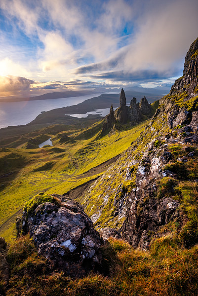 Hike-up-Old-Man-of-Storr.jpg