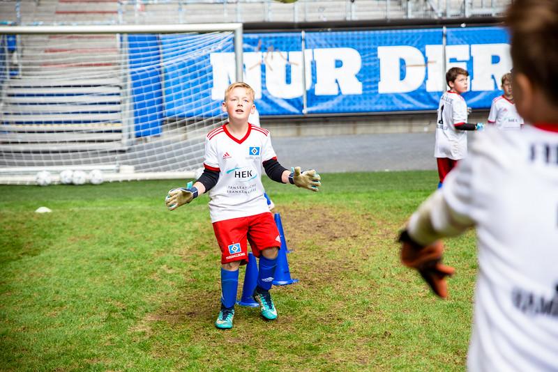 wochenendcamp-stadion-090619---c-99_48048406086_o.jpg