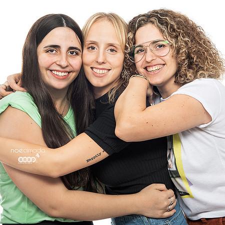 Delfi, Mica & Fe Photoshoot