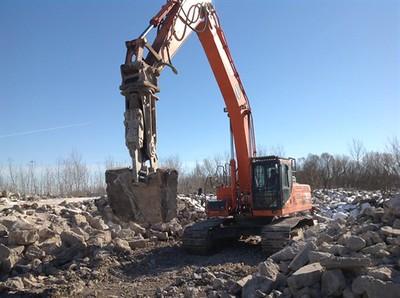NPK M28G concrete pulverizer on Doosan excavator-concrete recycling 1.jpg