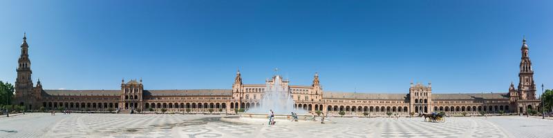 Plaza de Espana, Landmark square lined with ceramic tiles