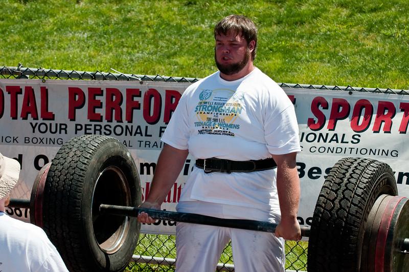 Strongman2009_Competition_DSC1198-1.jpg