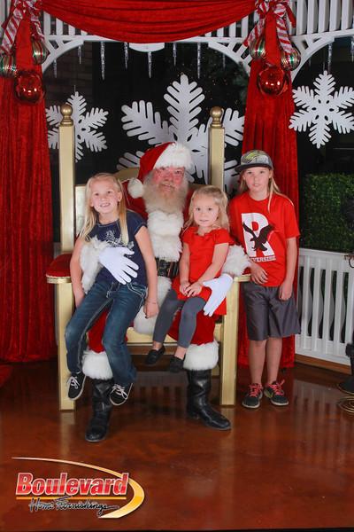 Santa 12-17-16-424.jpg