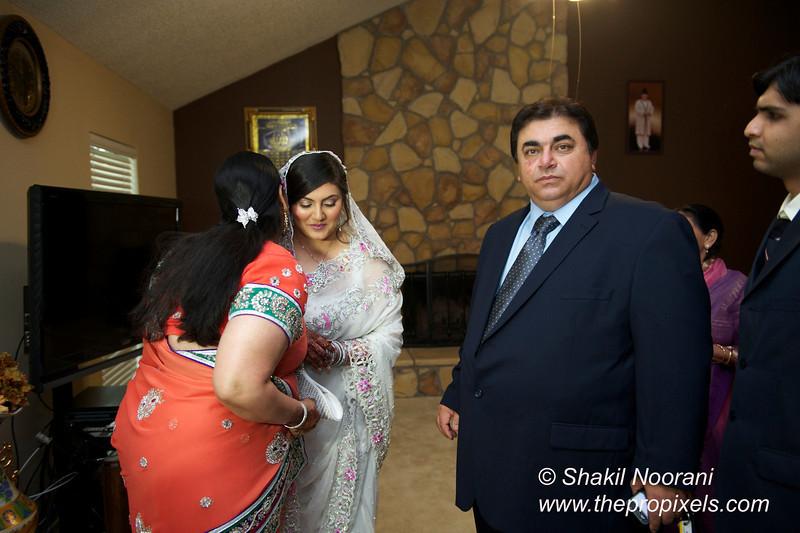 Naziya-Wedding-2013-06-08-01809.JPG