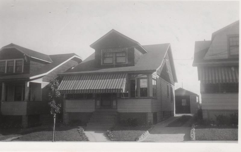 2205 BERWYN 1930.jpg