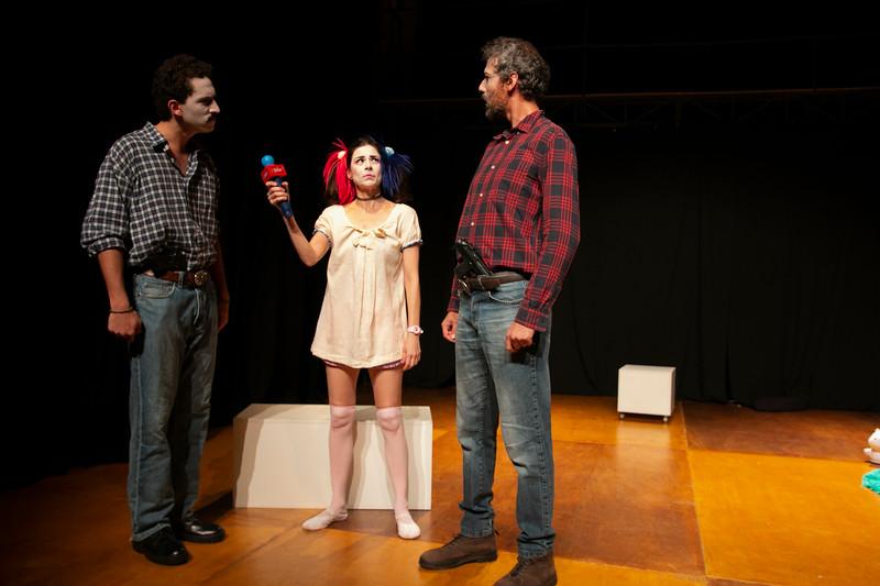 Allan Bravos - essenCIA Teatro - Persona 07-158.jpg
