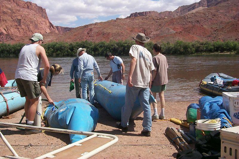 Inflating Boats   (May 25, 1999, 03:35pm)