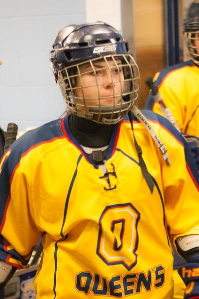 20130310 QWHockeyvsUBC 113.jpg