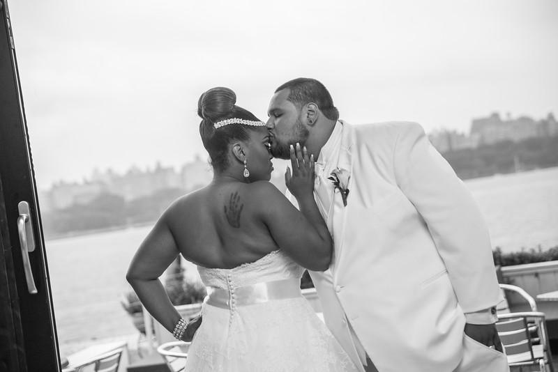 MER__0756_tonya_josh_new jerrsey wedding photography.jpg