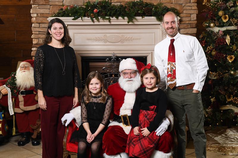 Santa2018.TylerBoye.-136.jpg