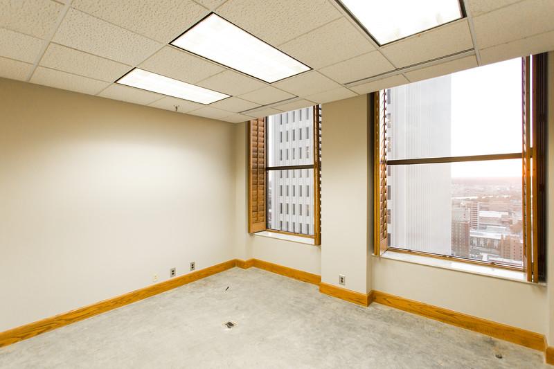 Suite 2500-7.jpg