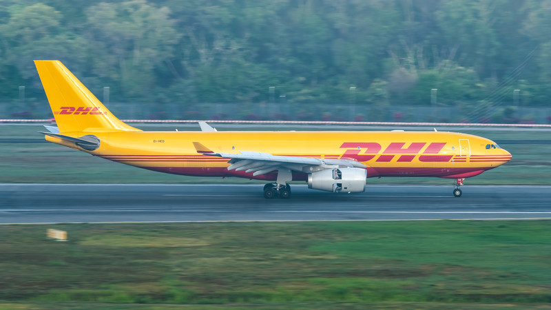 ASL AIRLINES IRELAND (DHL)_A330-243F_EI-HED_MLU_271019_(2)