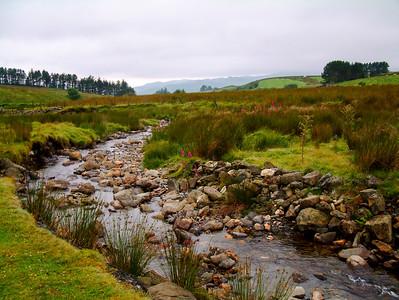 Cwm Teigl towards Carreg y Fran