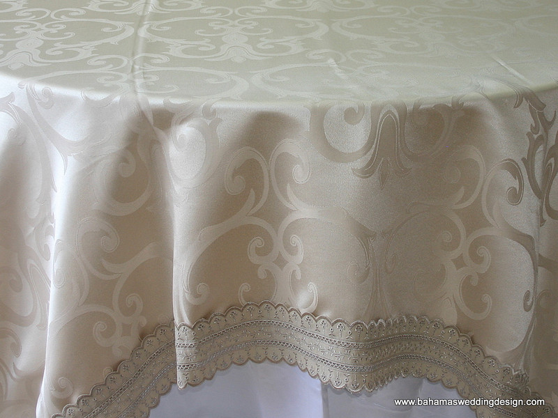 Table Linens 247-1.JPG