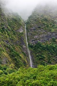 Maui-IaoNeedle-Waterfall2