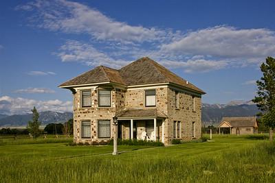 Thexton Residence