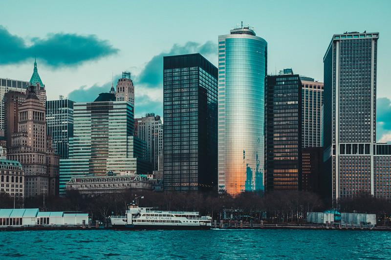 NY Skyline Staue Cruise boat.jpg