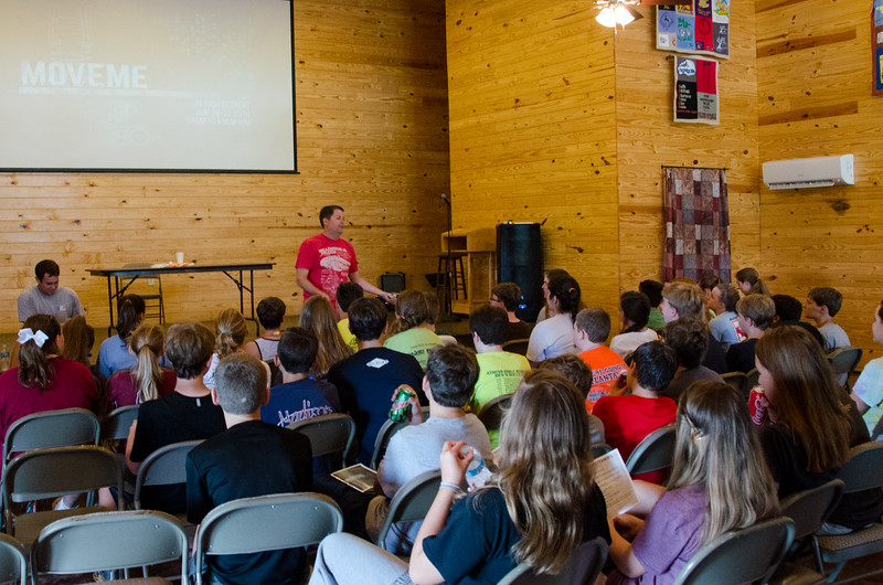 2014JrHighRetreat (40 of 215).jpg
