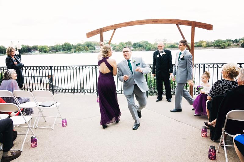 chateau-on-the-river-trenton-michigan-wedding-0314.jpg